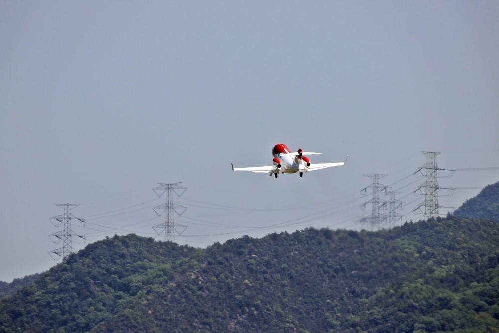 ホンダジェット飛行